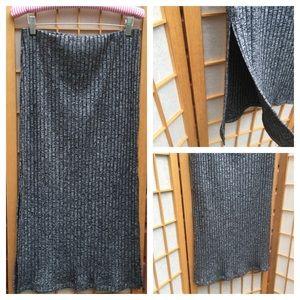 NWT TopShop Black/Grey Ribbed Midi Skirt SZ 10